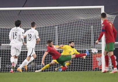 UEFA Şahruddin Məhəmmədəliyevi seçdi