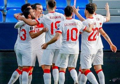 Türkiyə - Latviya oyununa azarkeşlər buraxılacaq