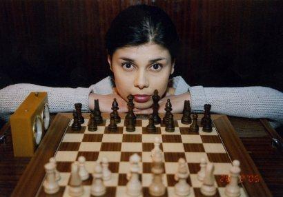 Rusiyanın şahmat olimplərindəki gəncəli qız