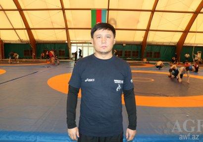 Əsət Serikbayev: