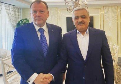 Rövnəq Abdullayev IJF prezidenti ilə görüşdü