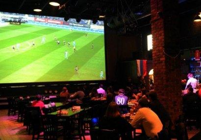 Futbol Kafe sahibləri çətin durumda - yumşalmaya ümid edirlər